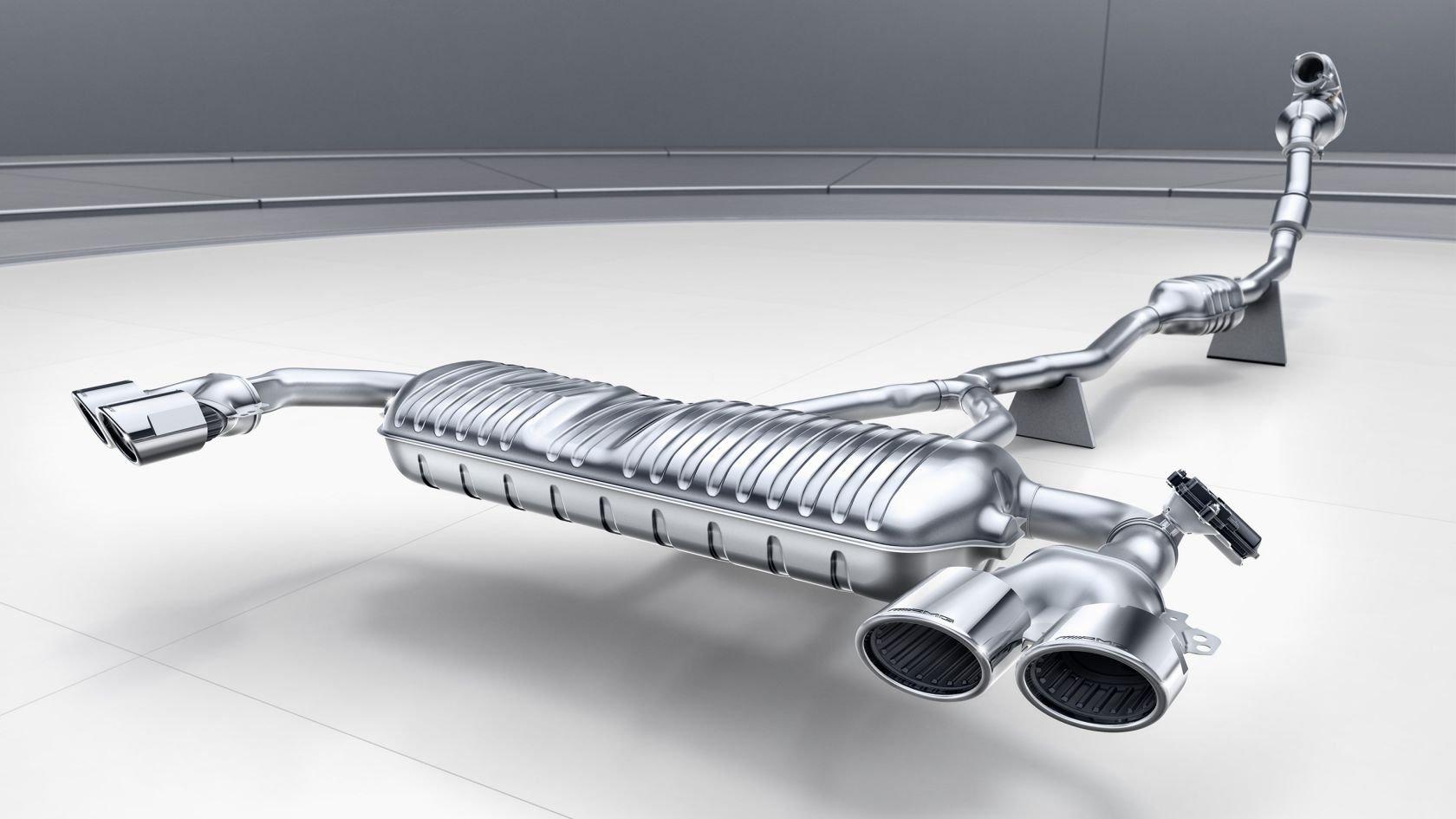 Система впуску відпрацьованих газів AMG