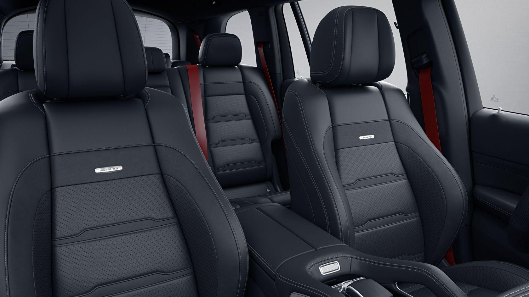 Передние сидения AMG