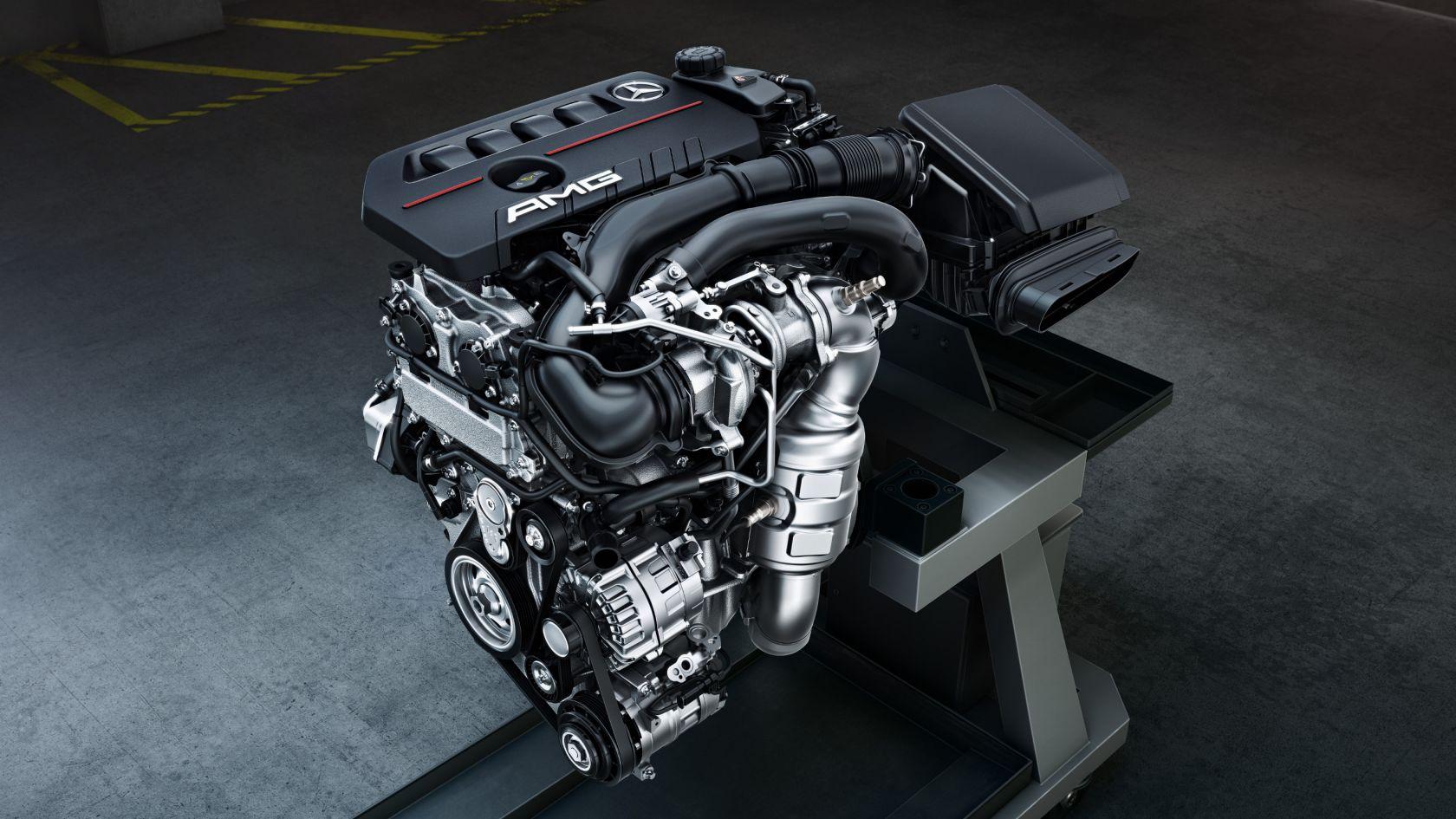 Турбодвигатель с четырьмя цилиндрами