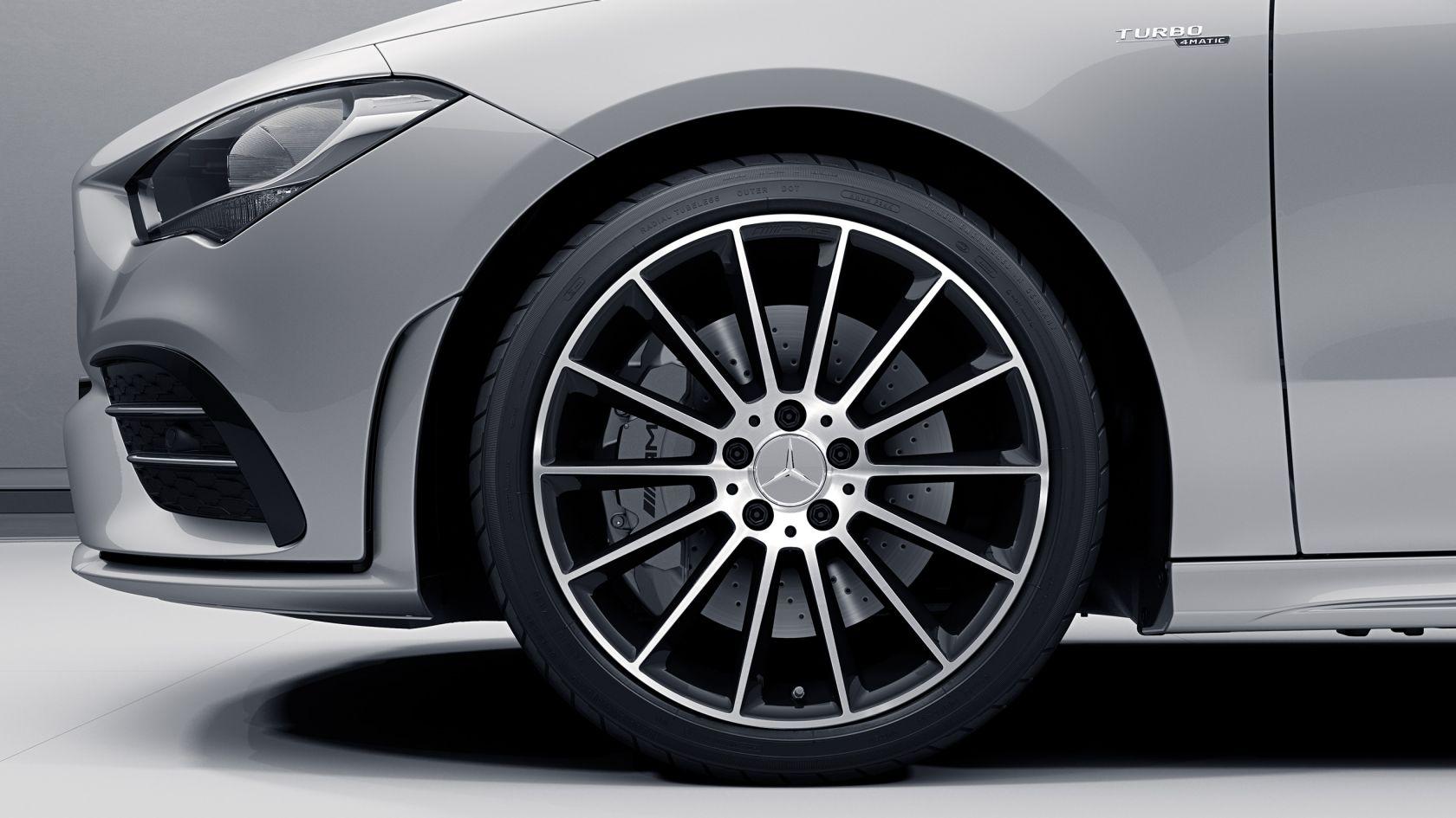 19-дюймовые легкосплавные диски колес AMG