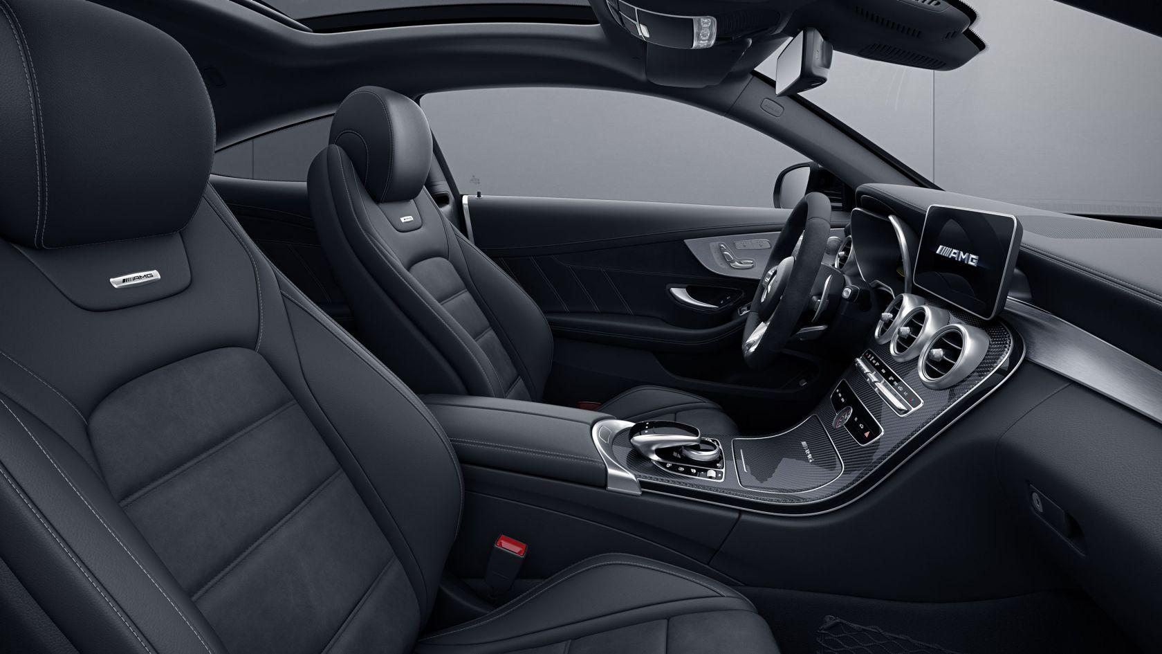 Інтер'єр Mercedes-AMG